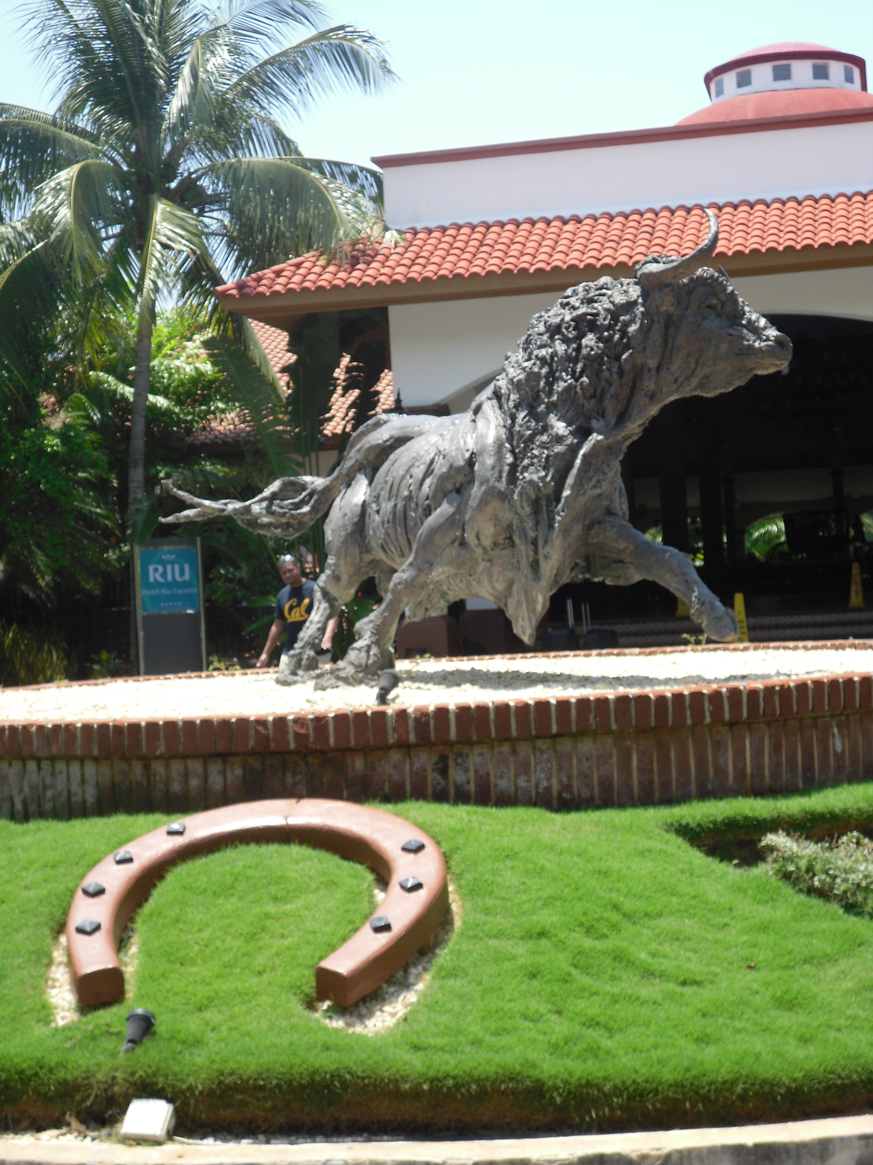 riu-yucatan-entrance2